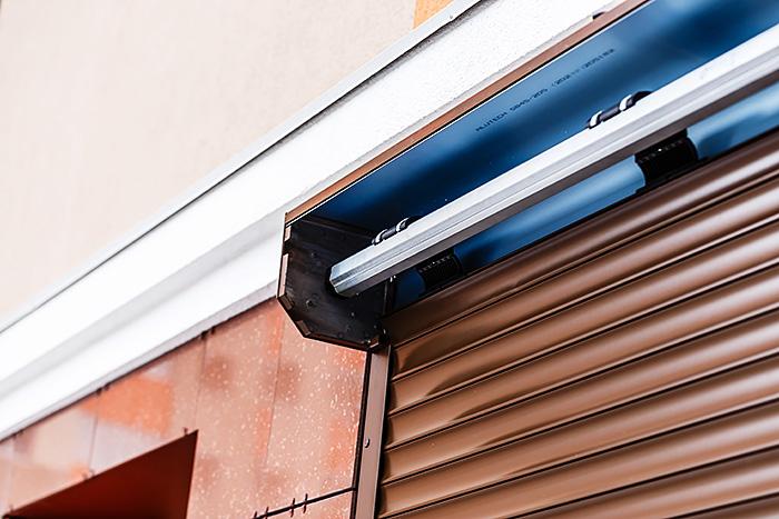انواع کرکره برقی و نصب انواع کرکره برقی را بیشتر بشناسید!