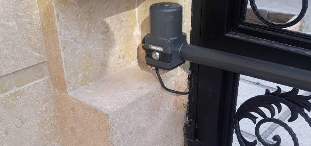 نصب جک درب ورودی